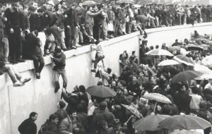 Dicembre 1989 - apertura del Muro alla Porta di Brandeburgo - Foto G. Schaefer